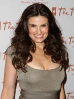 Idina Menzel in The Tollbooth