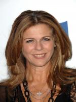Rita Wilson in Volunteers
