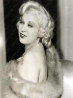Mae West in Loose Women