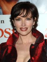 Janine Turner in  Strong Medicine