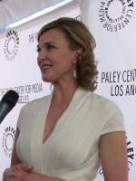 Brenda Strong in  Desperate Housewives