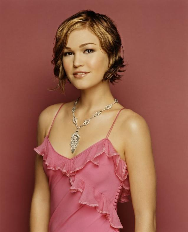 Julia Stiles in  Down to You