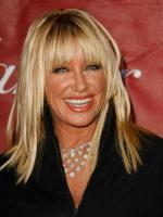 Suzanne Somers at award ceremony