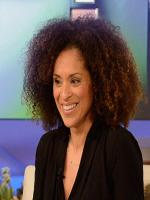 Karyn Parsons Photo Shot
