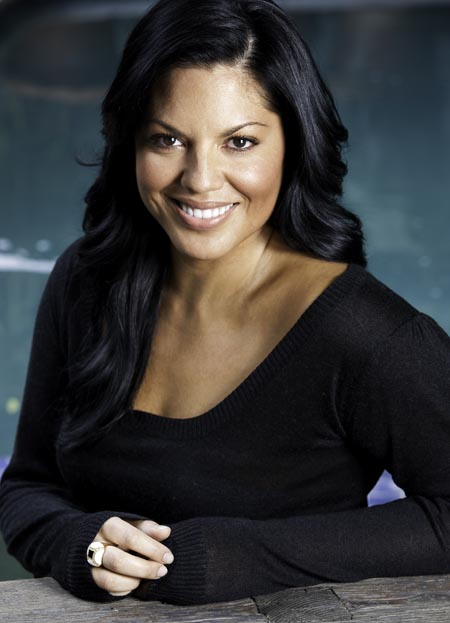 Sara Ramirez HD Photo