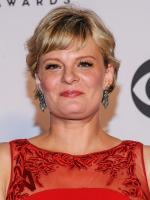 Martha Plimpton HD Wallpaper