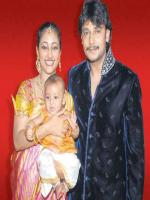Darshan Thoogudeep Family Photos