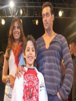 Darsheel Safary with Salman Khan