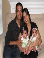 Deepak Dobriyal Family Pic