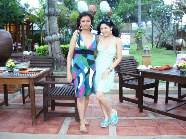 Ayesha omar and Maria Wasti Photo