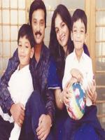 Karthik Muthuraman Family Pics