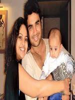 Madhavan Family Pics