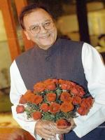 Sunil Dutt with Flowers