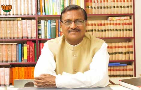 Satya Pal Jain in Offive