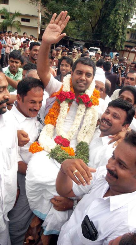 A. P. Abdullakutty Celebrating Victory