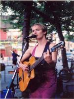 Nicole Stoffman live perofrmance