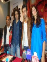 Nargis Fakhri Group pic