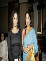 Neena Gupta Group Pic