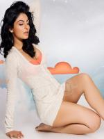 Neeru Bajwa Hot Pic