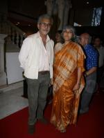 Ratna Pathak group Pic