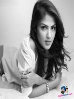 Rhea Chakraborty Hot Pic