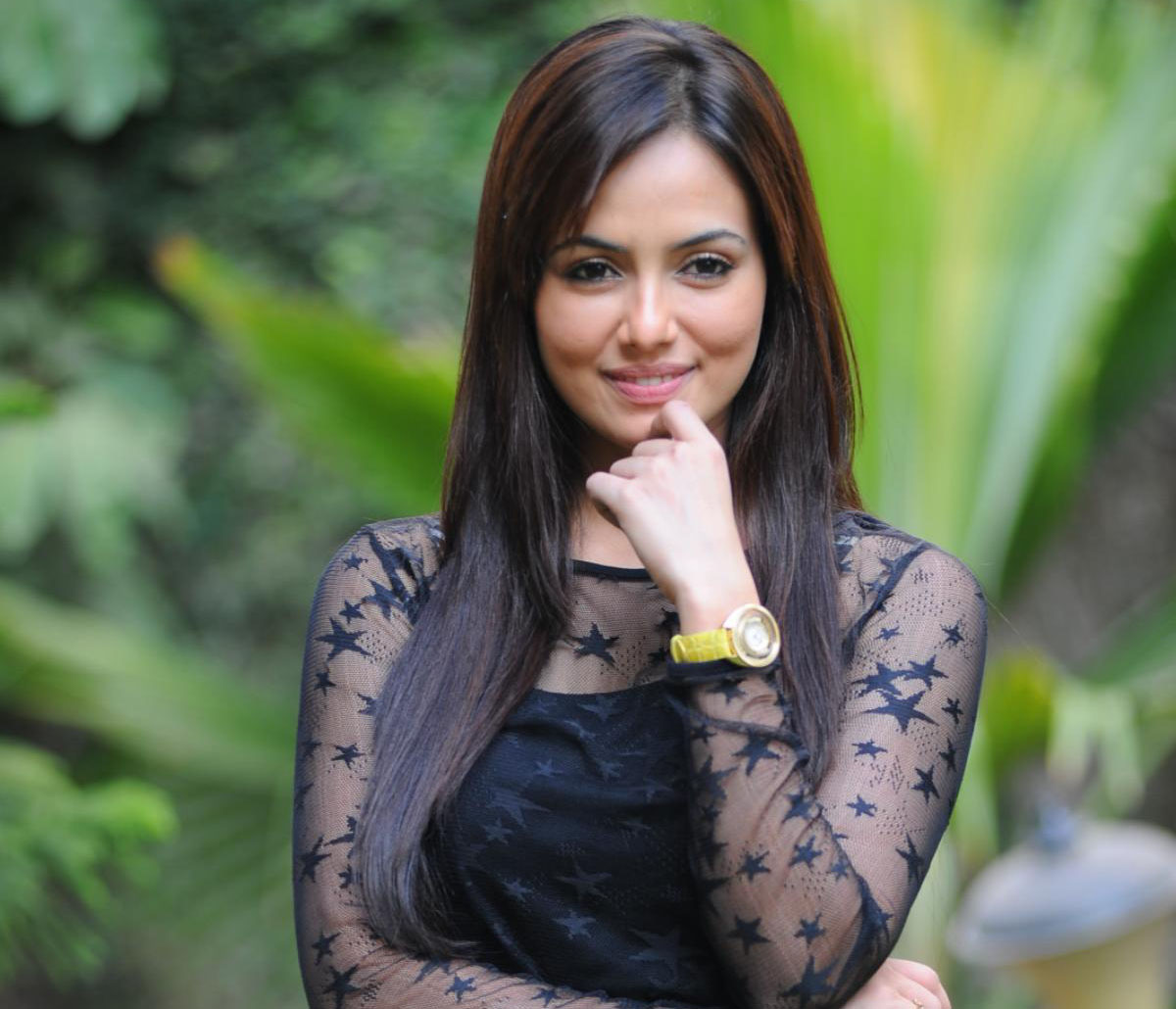 Sana Khan Photo shoot in Jai Ho 2014 Movie
