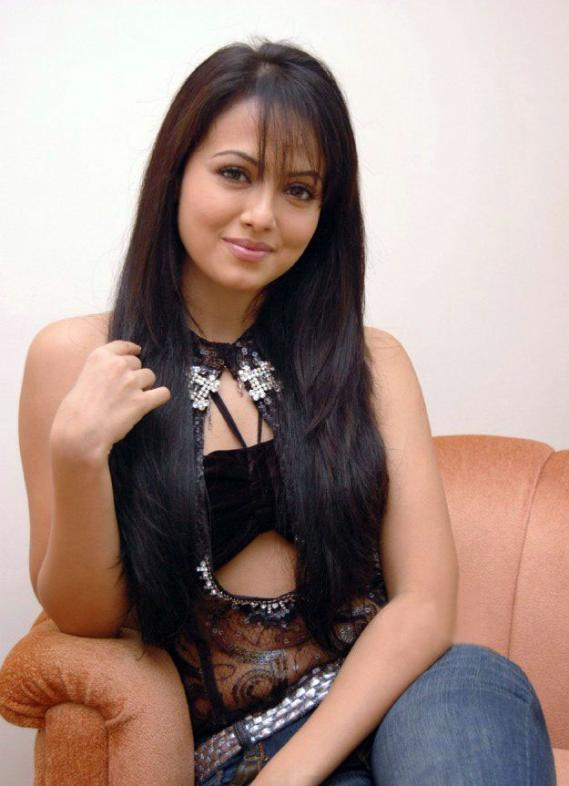 Sana Khan Modeling Pic