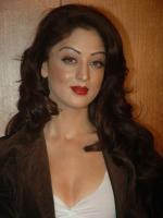 Sandeepa Dhar in Isi Life Mein