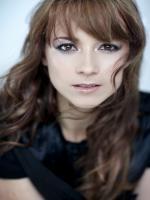 Karine Vanasse in En Solitaire 2012