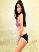 Sophie Choudry Hot Pic