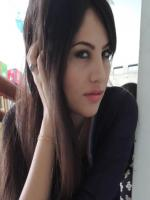 Neelam Muneer Wallpaper