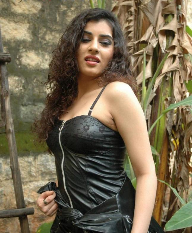 The Fapppening Veda Sastry nudes (47 pics) Cleavage, Instagram, cleavage