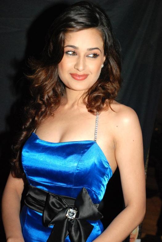 Yuvika Chaudhary Modeling Pic