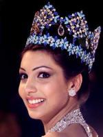 Yukta Mookhey in Queen Role