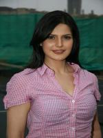 Zarine Khan Modeling Pic
