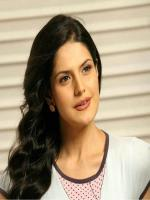 Zarine Khan in Housefull 2