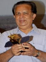 G. Madhavan Nair With Award