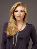Katheryn Winnick in The Art of the Steal
