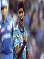 Ashok Dinda Fast Bowler