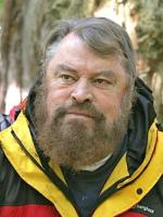 Brian Blessed in Quest for the Lost World (1999)