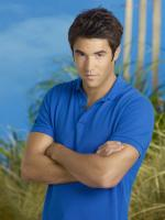Josh Bowman  in So Undercover 2012
