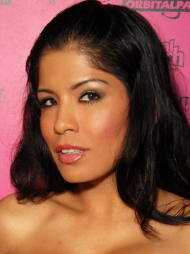 Alexis Amore Photo & Image Gallery