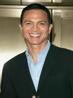 Benjamin Bratt in One Good Cop