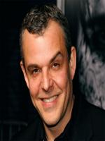 Danny Huston in Hotel