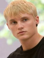 Toby Hemingway in In Time Film