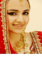 Yumna Zaidi Wedding Dress