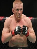 Dennis Siver in Action