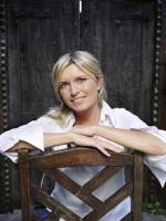 Tina Hobley in Mr and Mrs