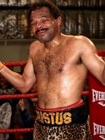 Emanuel Augustus in Ring