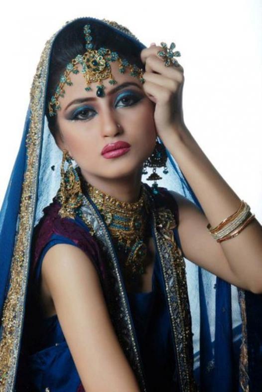 Saboor Ali HD Wallpaper
